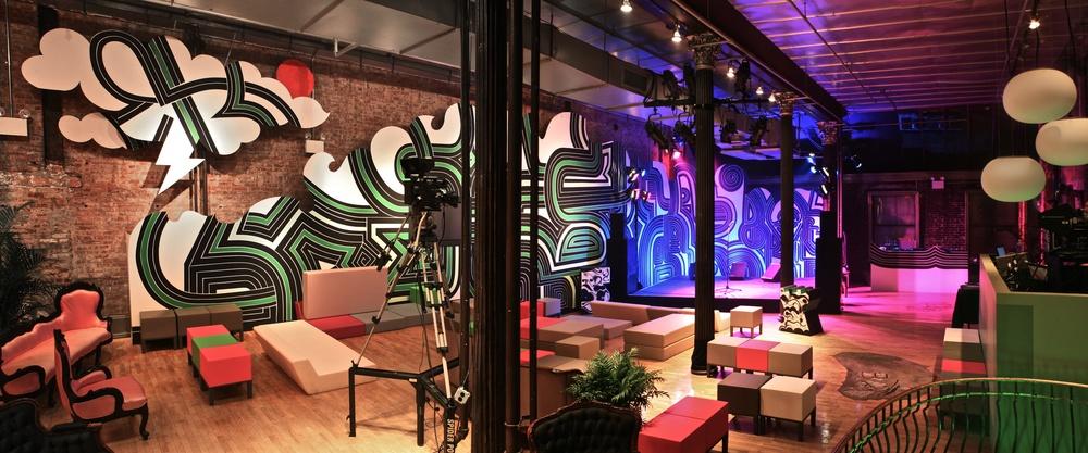 Starbucks 1.jpg