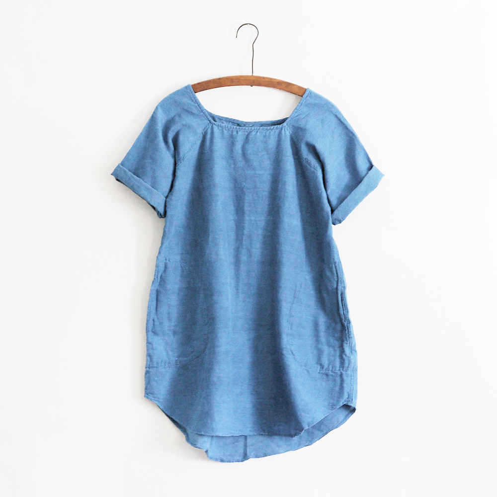 Natural indigo tunic by Pippa Romana studio. Handspun khadi cotton fibers.