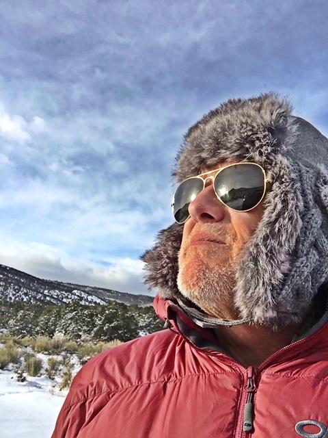 John auf Streifzug durch Utah's Wildnis