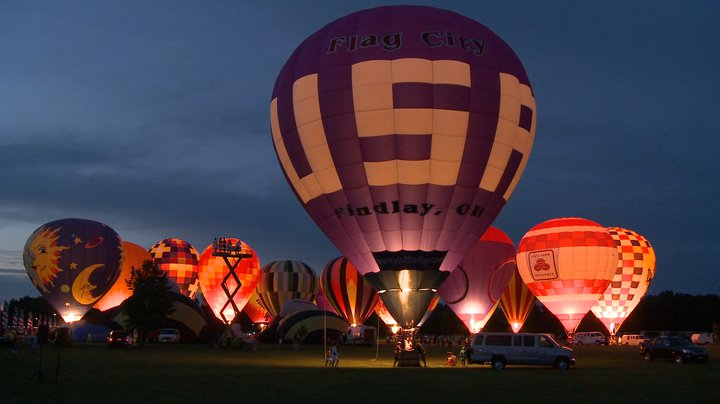 Flag City Balloonfest - Nightly Balloon Glow