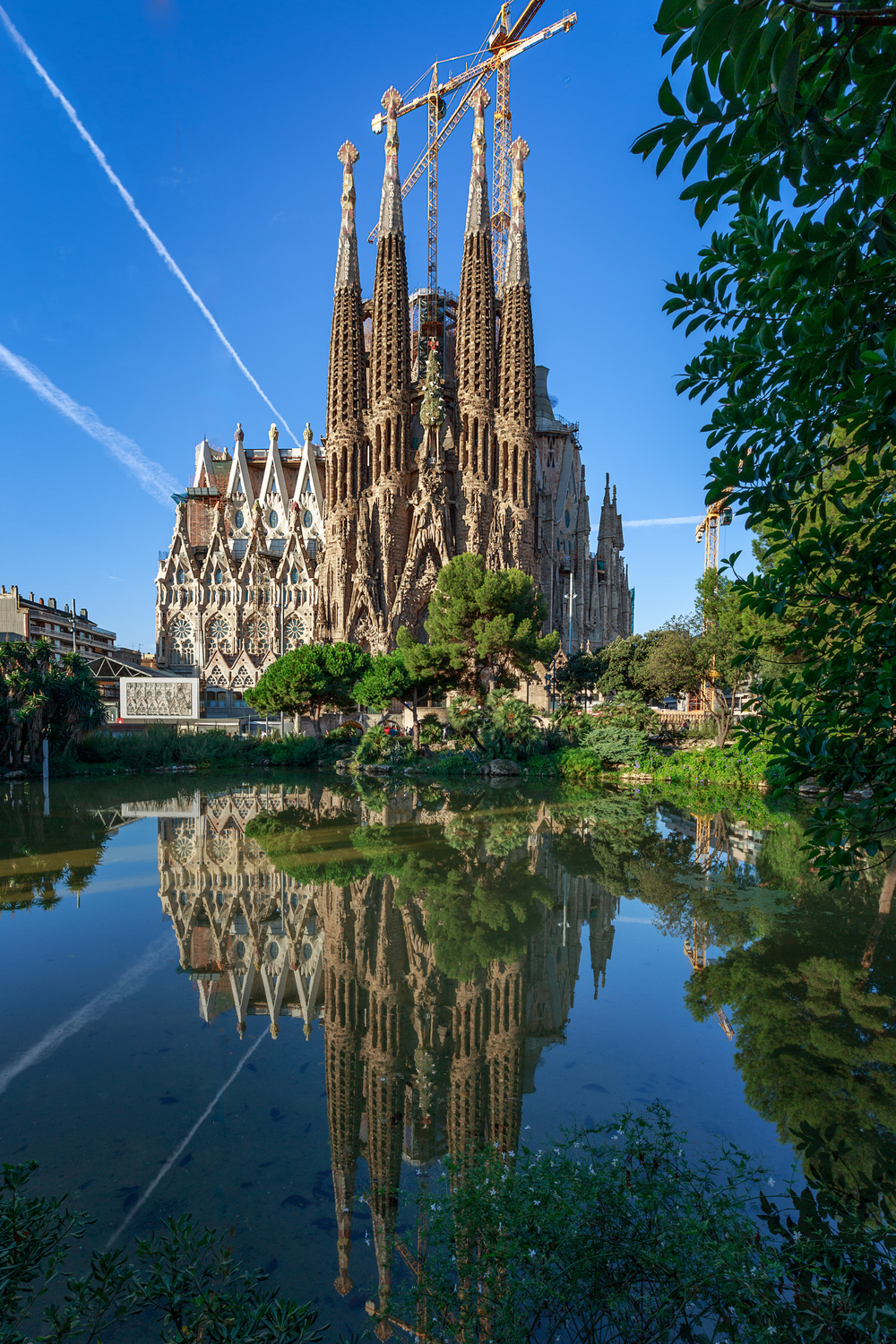 Sagrada Familia Revised.jpg