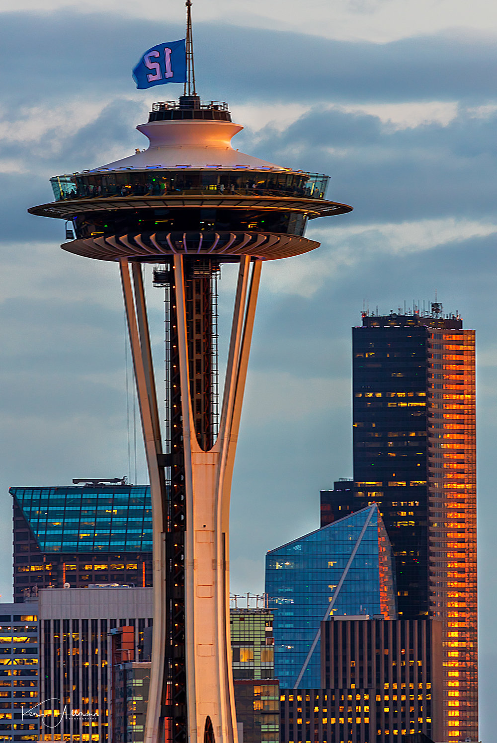 Close up Space Needle (1 of 1).jpg