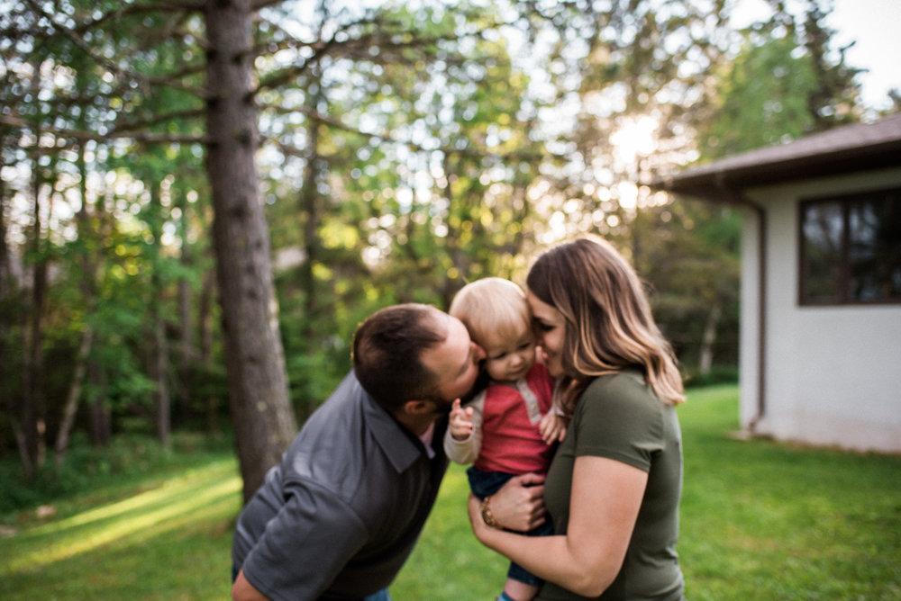 back yard family photography