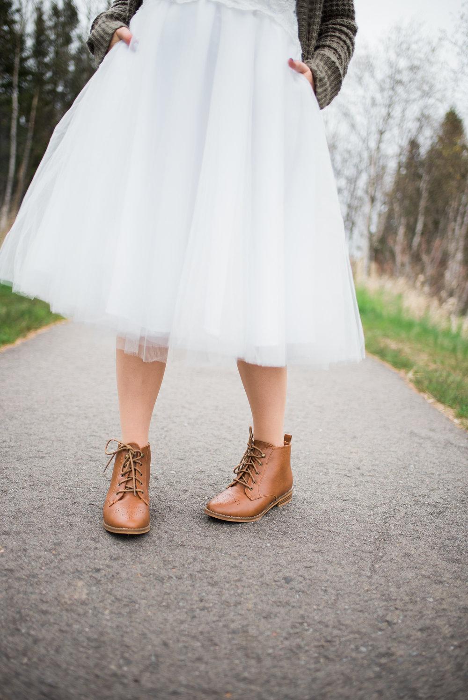 brown shoes bride