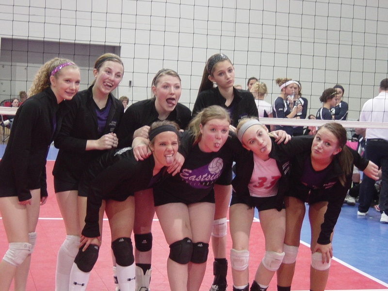 2011 volleyball 024.jpg