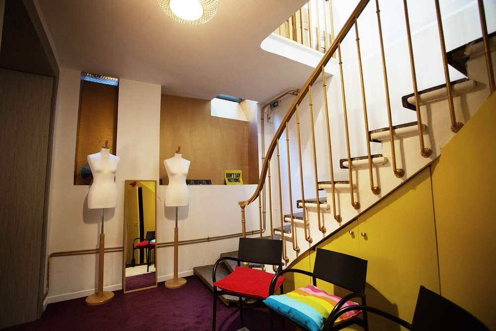 L'escalier central - Remix Coworking Paris 3