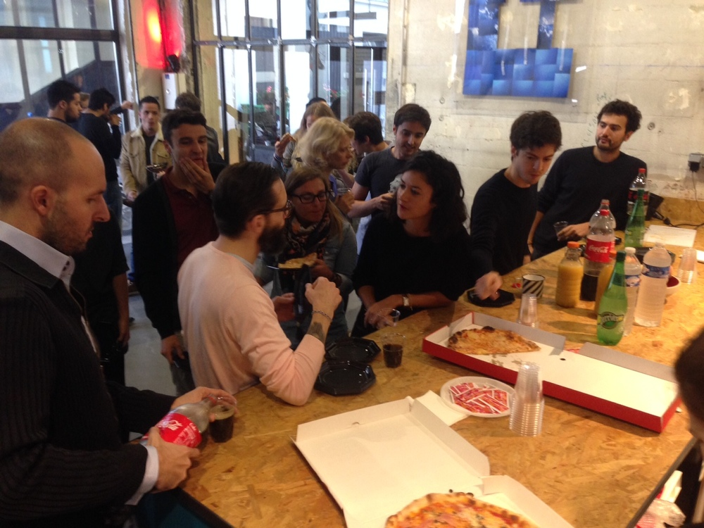 pizza party espace coworking paris 2.JPG