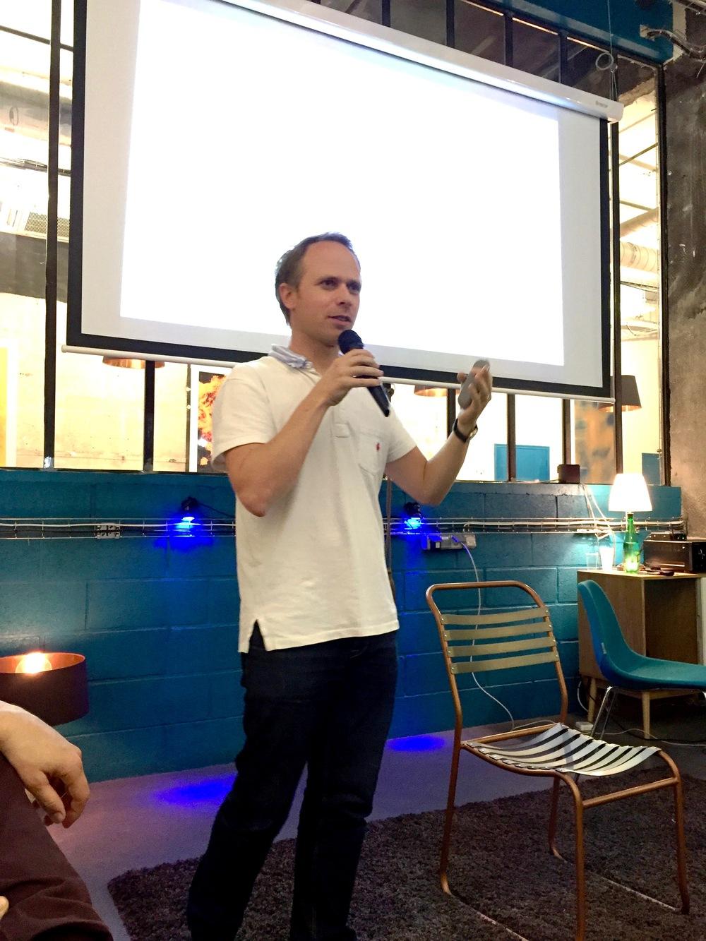 startups-calling-stringcan-interactive-remix-coworking-paris-6.jpg