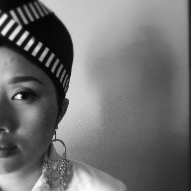 A very important photo shoot today. I'm looking forward to sharing the final image with you all. #hmoob #hmong