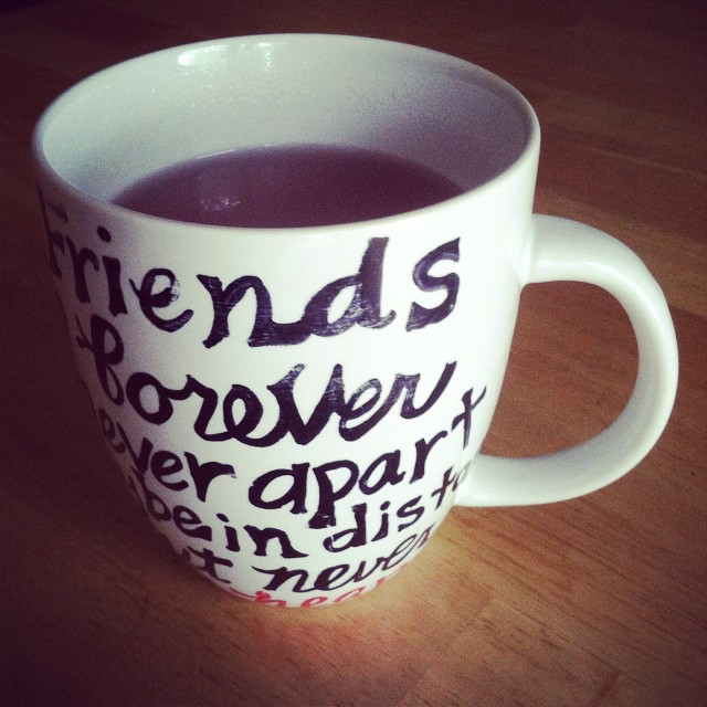 """Friends forever never apart. Maybe in distance, but never at heart."" Finally cool enough to have #teagarden tea in this beautiful #handmade mug. Ua tsaug os, @sanida_xiong!"
