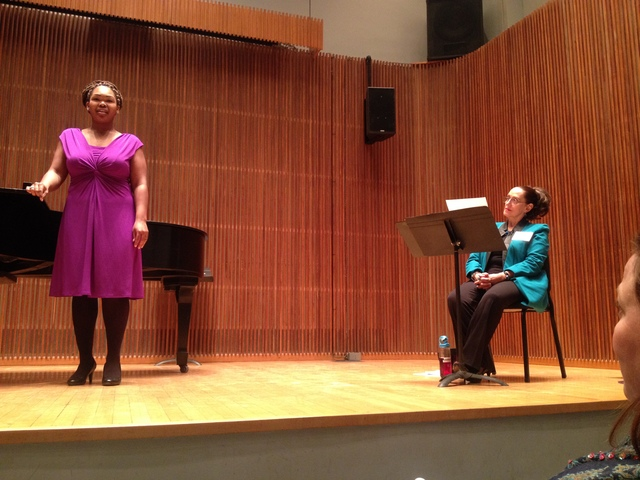 Jeannette LoVetri works with an Oberlin student during a master class.
