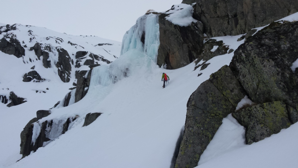 One of the larger ice falls at Blue lake. Photo Matt Bevan
