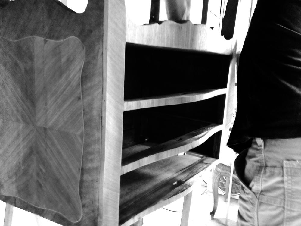 Ponçage et stabilisation du meuble