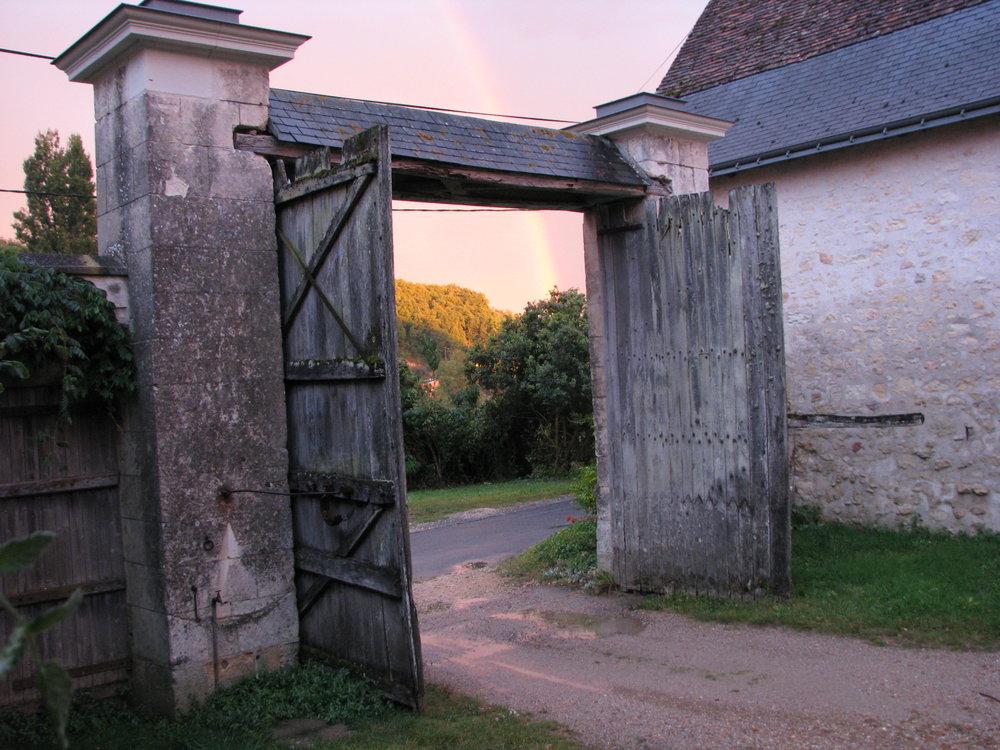 L'Arpenty entrance gate .JPG