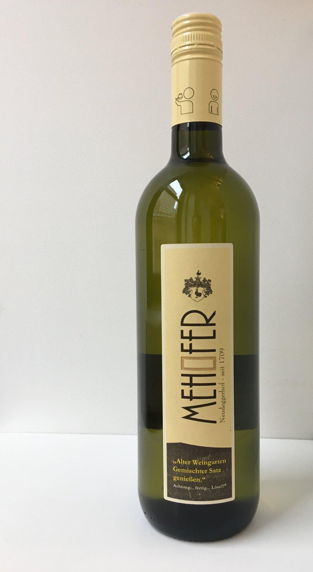 Alter Weingarten Gemischter Satz bottle pic.jpeg