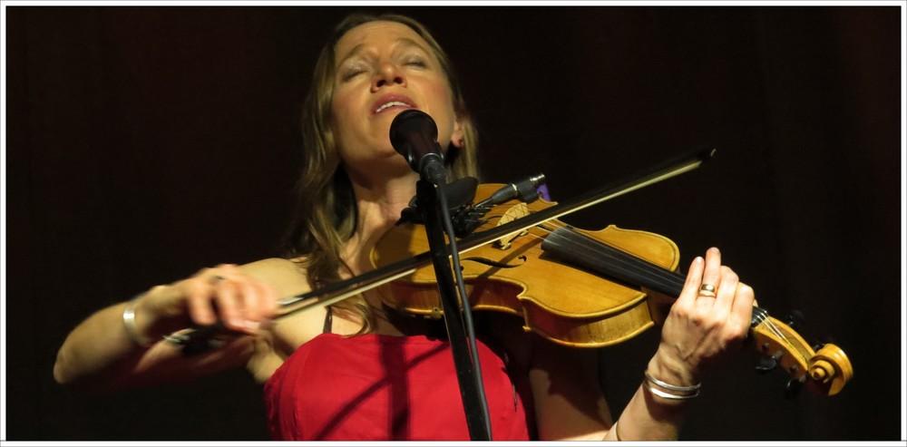 Anya Hinkle performs at Moonlight Mile studio 1-17-16 Photo: Tom Watts