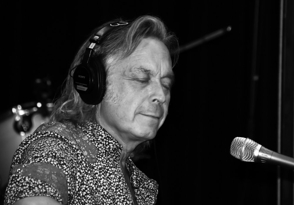 Jim Lauderdale     performs on WNCW 7-13-18. Photo: Vicki Dameron