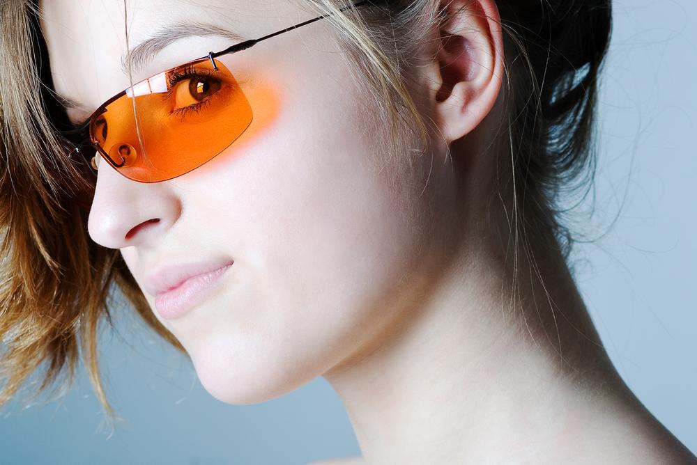 〖 glasses 〗