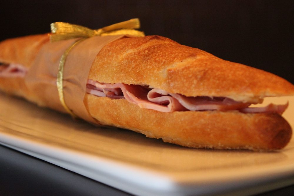 OUR JAMBON BEURRE WAS EATEN TOO QUICKLY FOR A PICTURE.. BUT LOOKED EXACTLY LIKE THIS, MINUS THE RIBBON:)