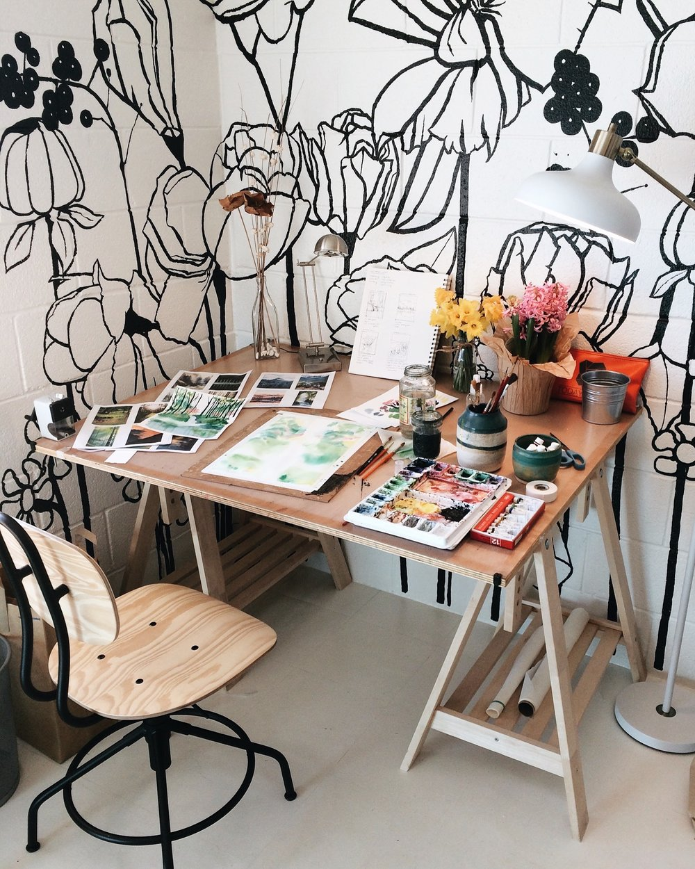 My painting desk. ♥