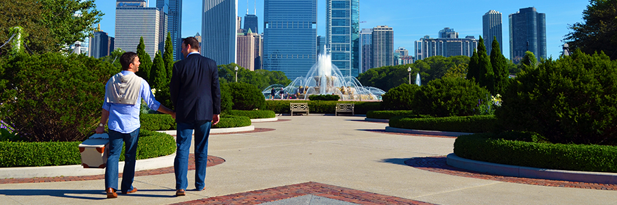 Messrs Sievers ready for a picnic.  Buckingham Fountain, Chicago Illinois