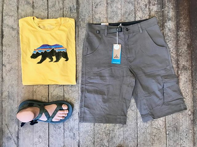 Another Father's Day idea! Very comfortable and stretchy Prana shorts, Patagonia cotton Tee and everyone's favorite Chacos!! #fathersday #fathersdaygifts #fathersdayweekend #giftidea #decorah #hatchery #hatchyouradventure @patagonia @prana @chacofootwear