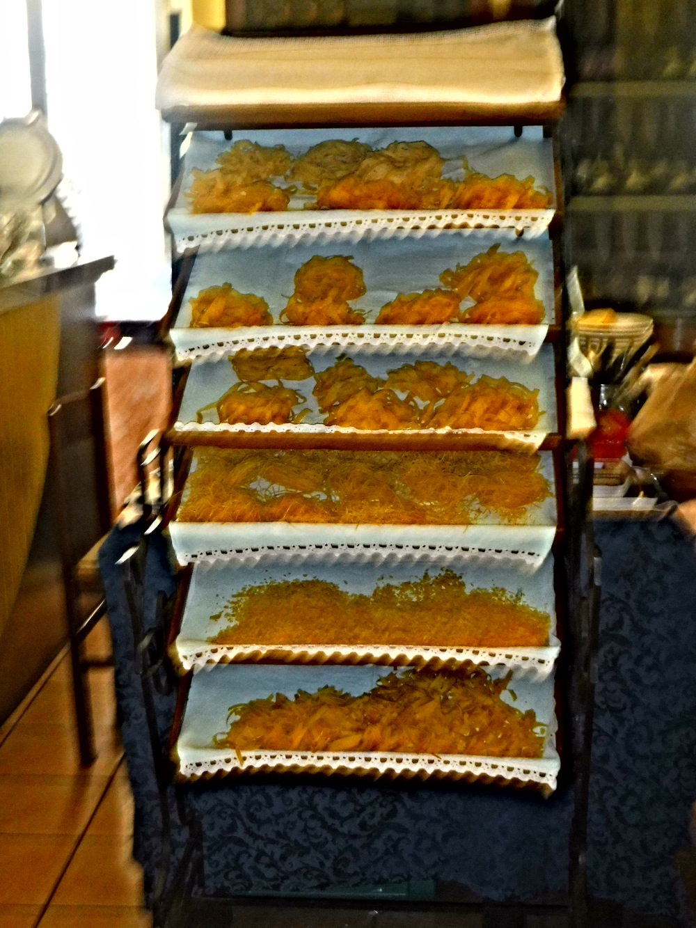 3. Homemade pasta drying on linen covered trays at Ristorante Da Enzo.JPG