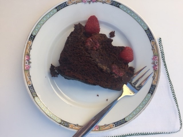Raspberry Chocolate Cake2.jpg