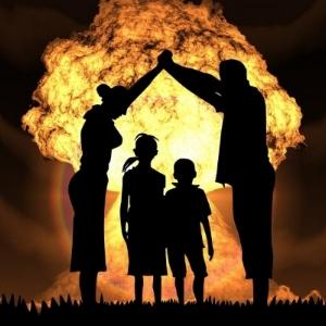 nuclear-war-1427454_1920-600x600.jpeg