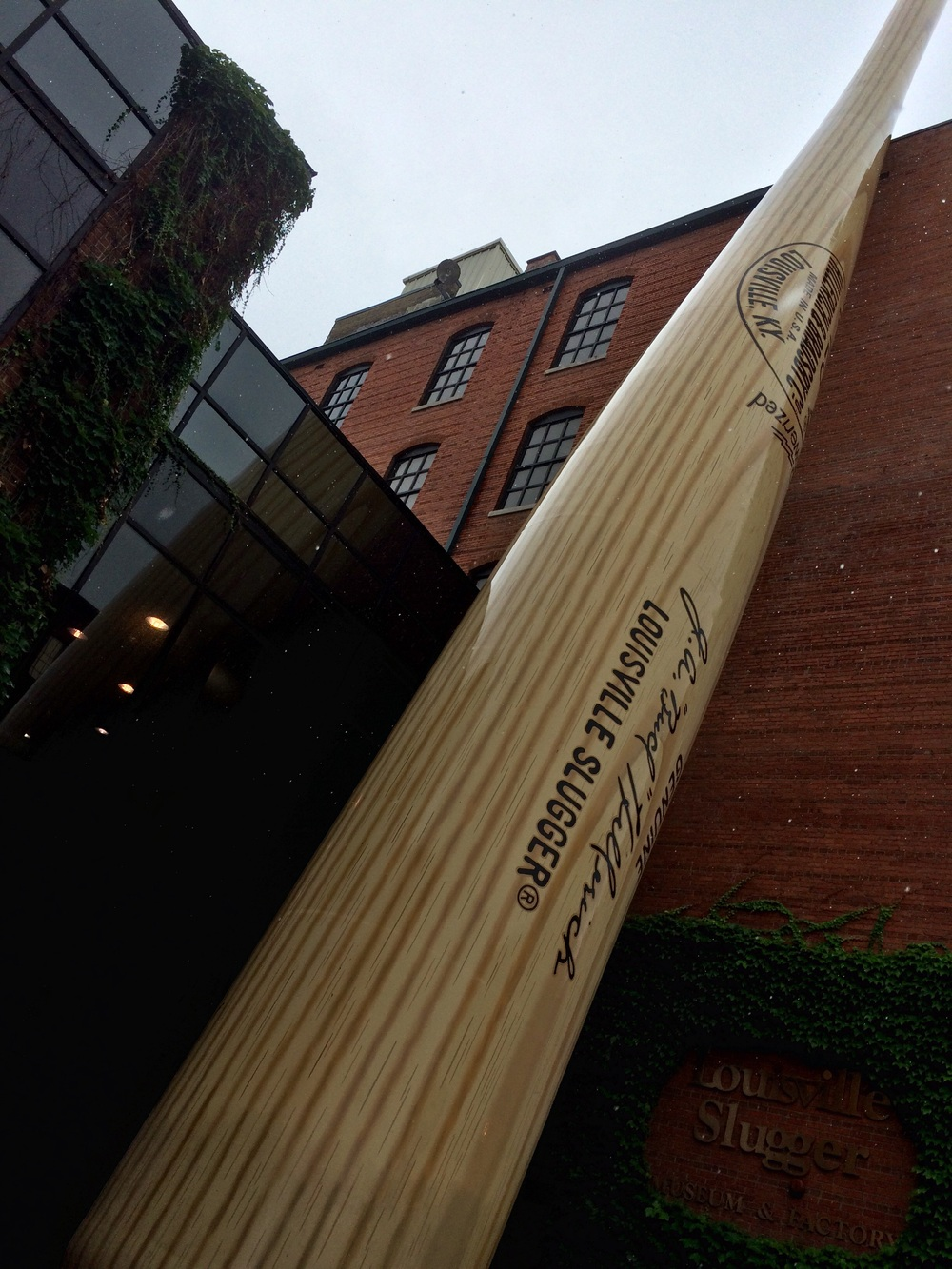 Louisville slugger factory and meuseum