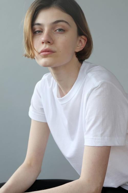 Milena L Models.com