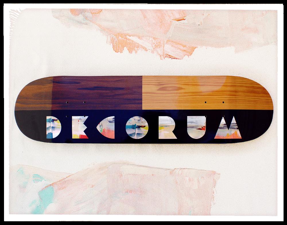 1_Decorum_LogoBoard_0000_1.png
