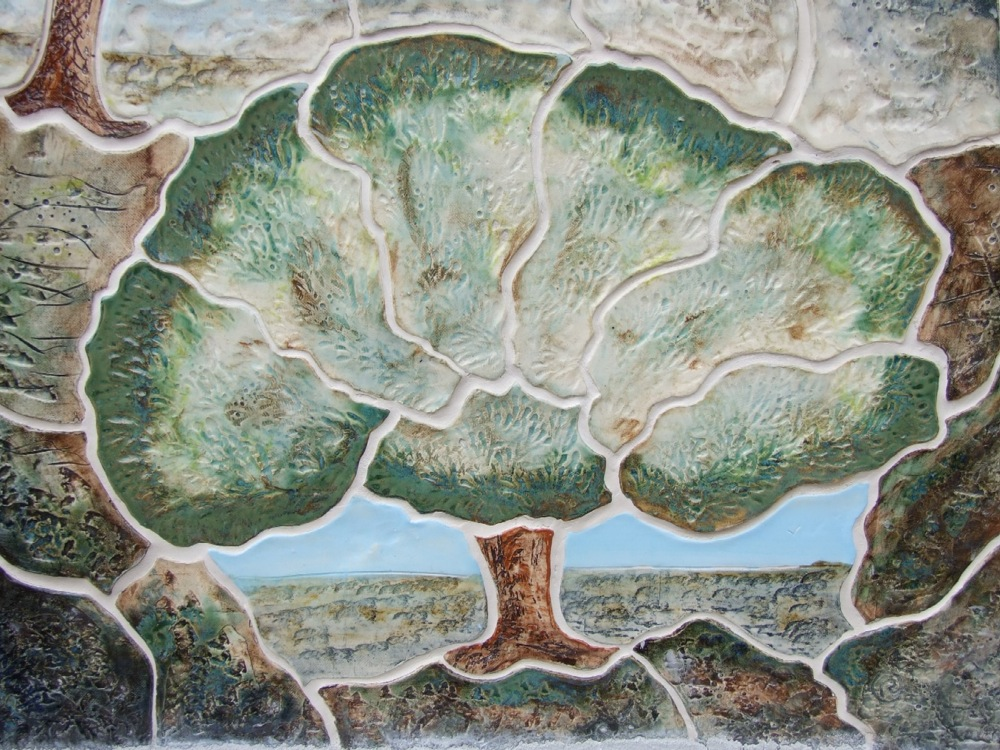 Pyr tile closeup tree.jpg
