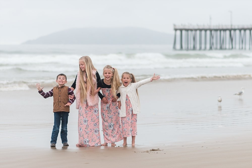Fun Family Photos at Pismo Beach California_0005.jpg