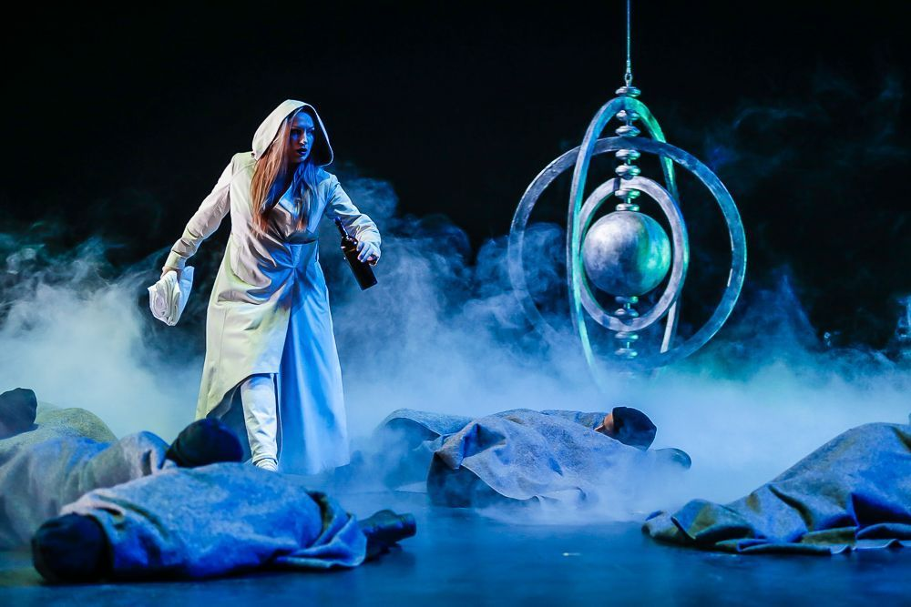 Clytemnestra  /  The Electra Project  Directed by Mihai Măniuțiu of the Romanian National Theatre
