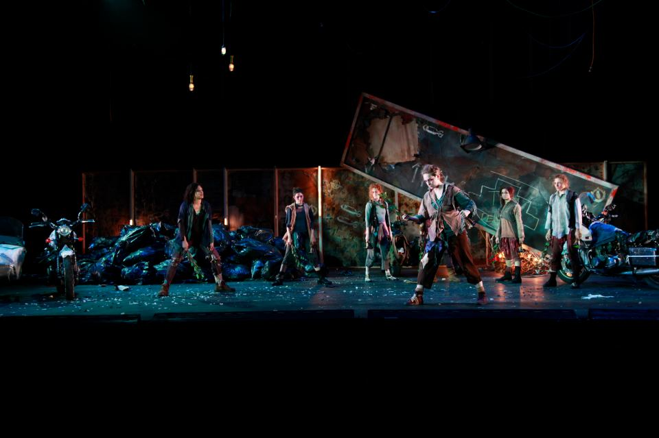 After Troy    / Directed by Mihai Măniuțiu of the Romanian National Theatre