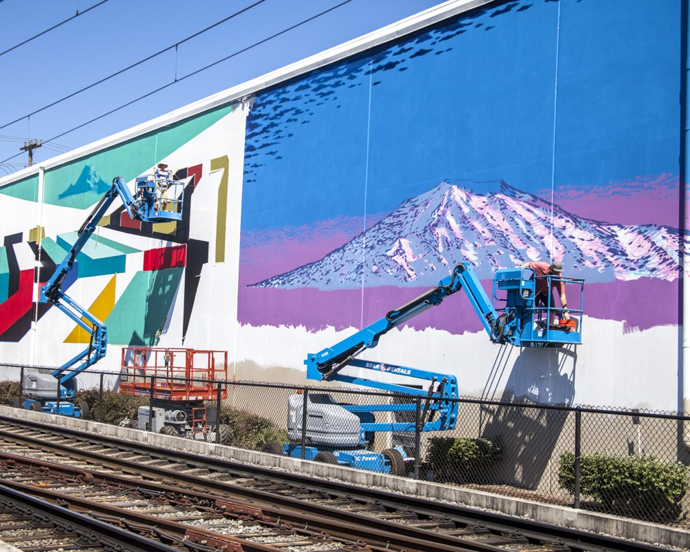 SODO-Track-Mural-Project_Day-4_wiseknave-20.jpg