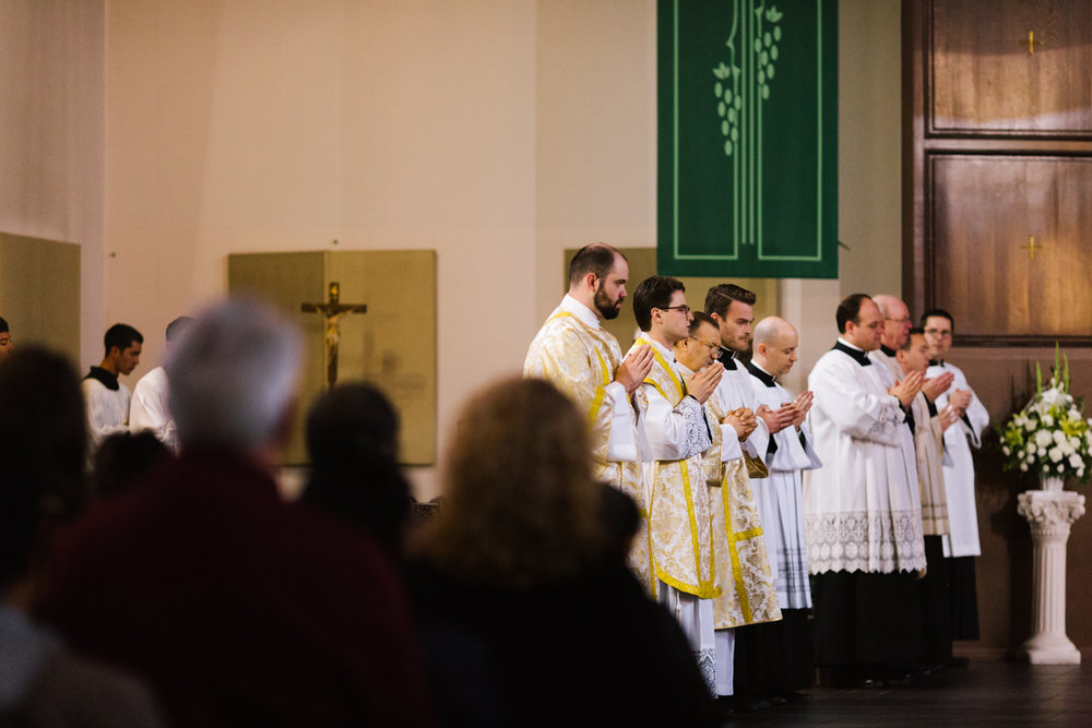 father_lou_first_mass_saint_anthony_renton-25.jpg