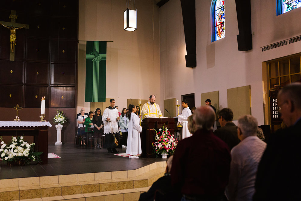 father_lou_first_mass_saint_anthony_renton-29.jpg