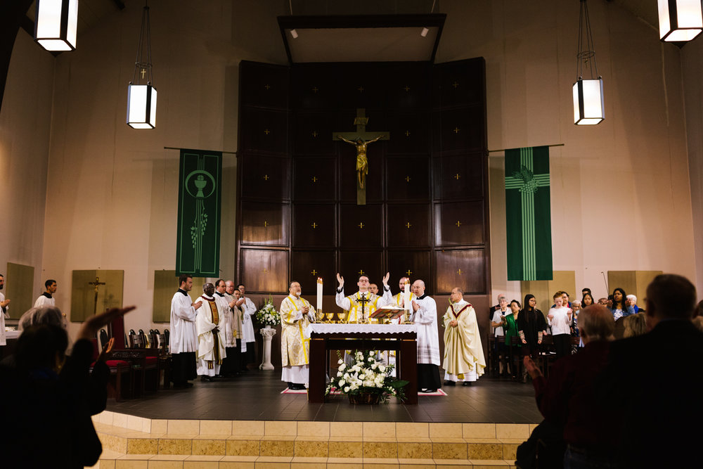 father_lou_first_mass_saint_anthony_renton-42.jpg