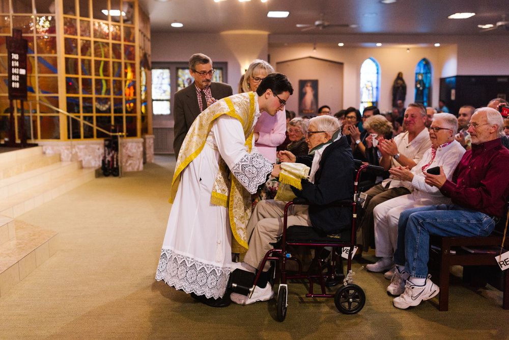 father_lou_first_mass_saint_anthony_renton-57.jpg