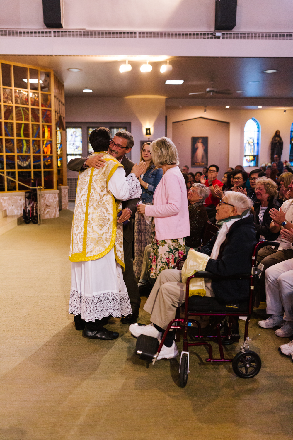 father_lou_first_mass_saint_anthony_renton-58.jpg