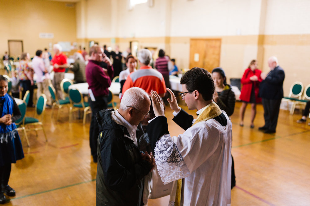father_lou_first_mass_saint_anthony_renton-77.jpg