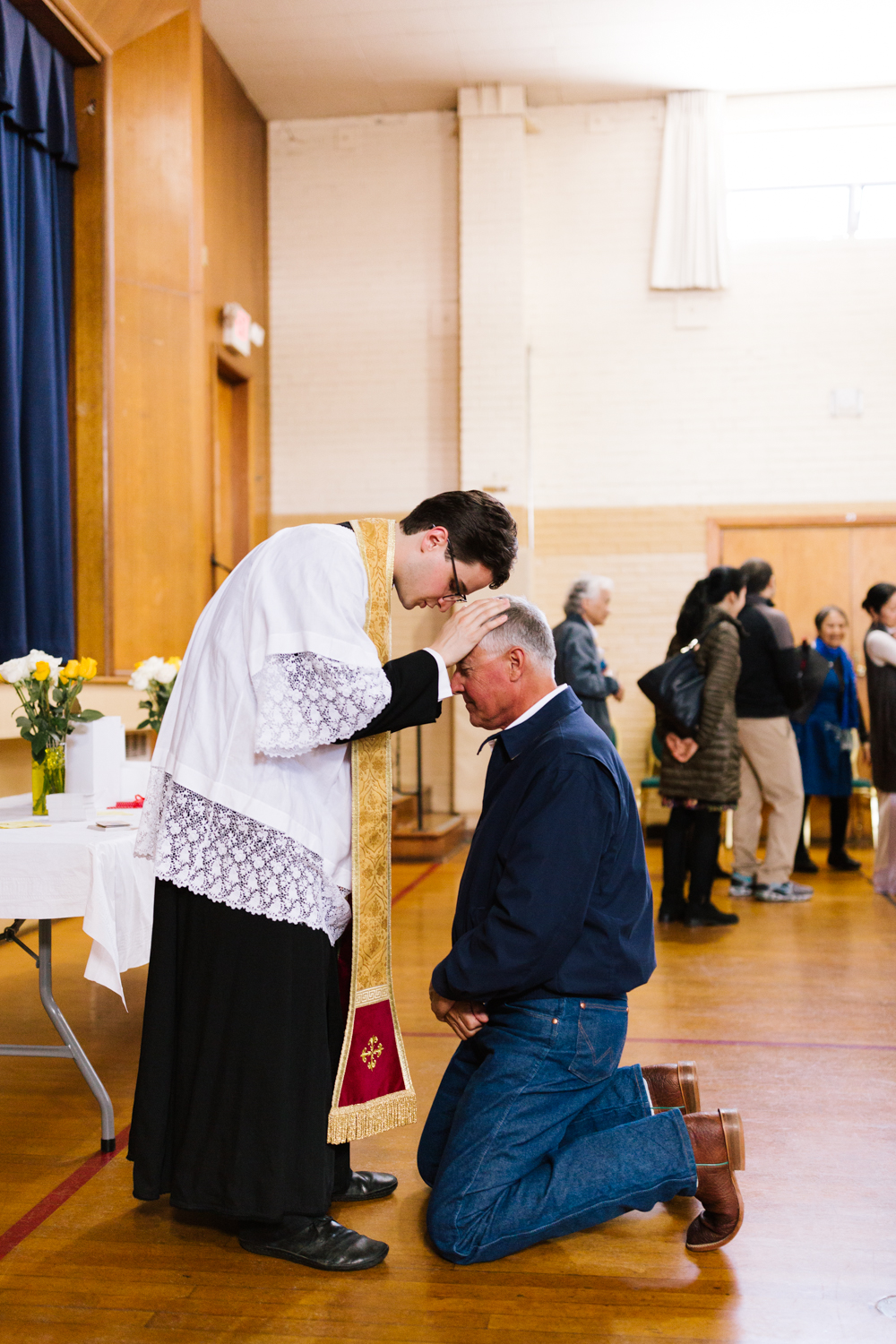 father_lou_first_mass_saint_anthony_renton-78.jpg