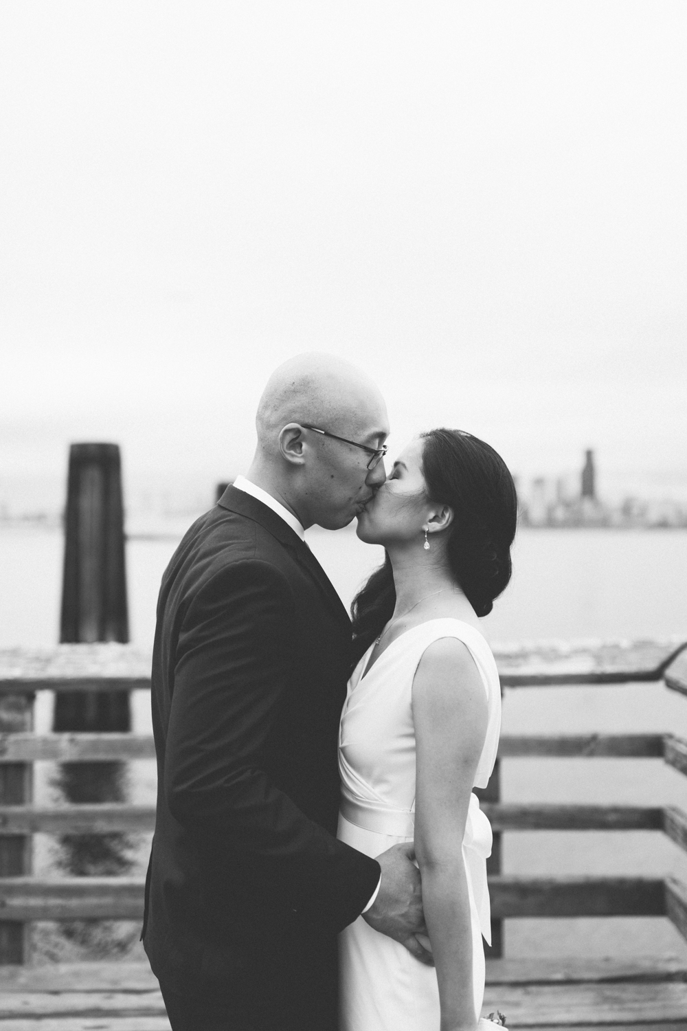 alki_seattle_waterfront_wedding-12.jpg