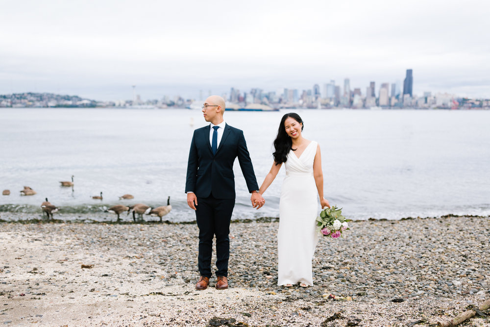 alki_seattle_waterfront_wedding-25.jpg