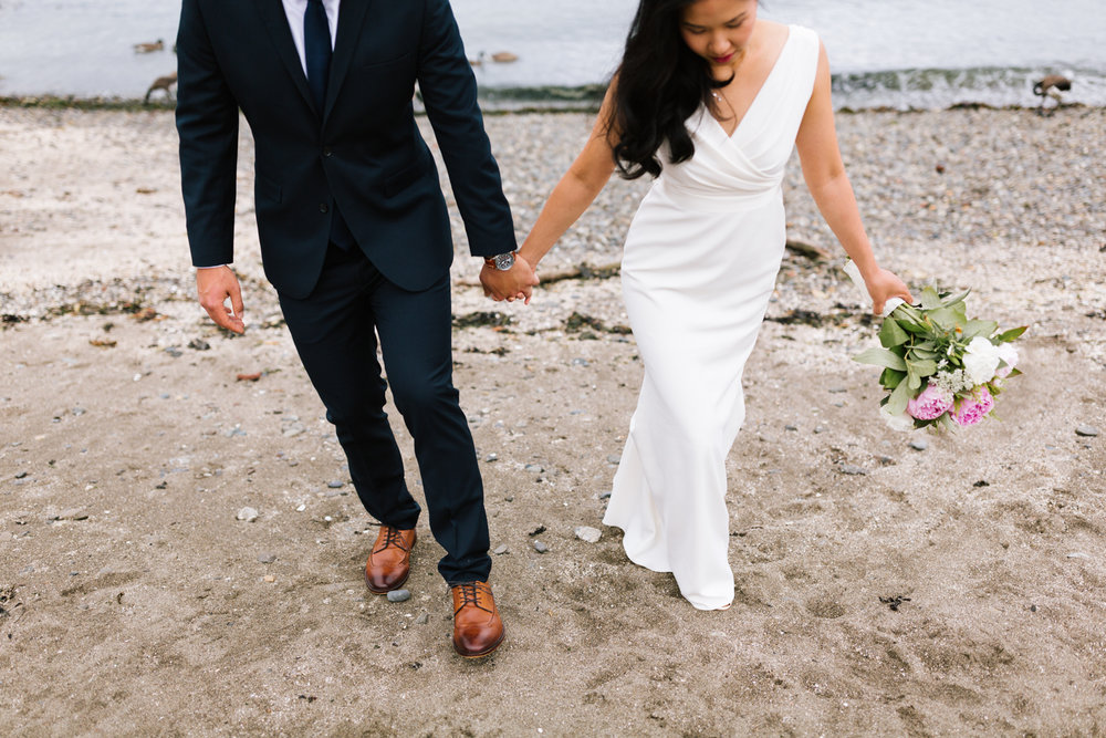 alki_seattle_waterfront_wedding-27.jpg