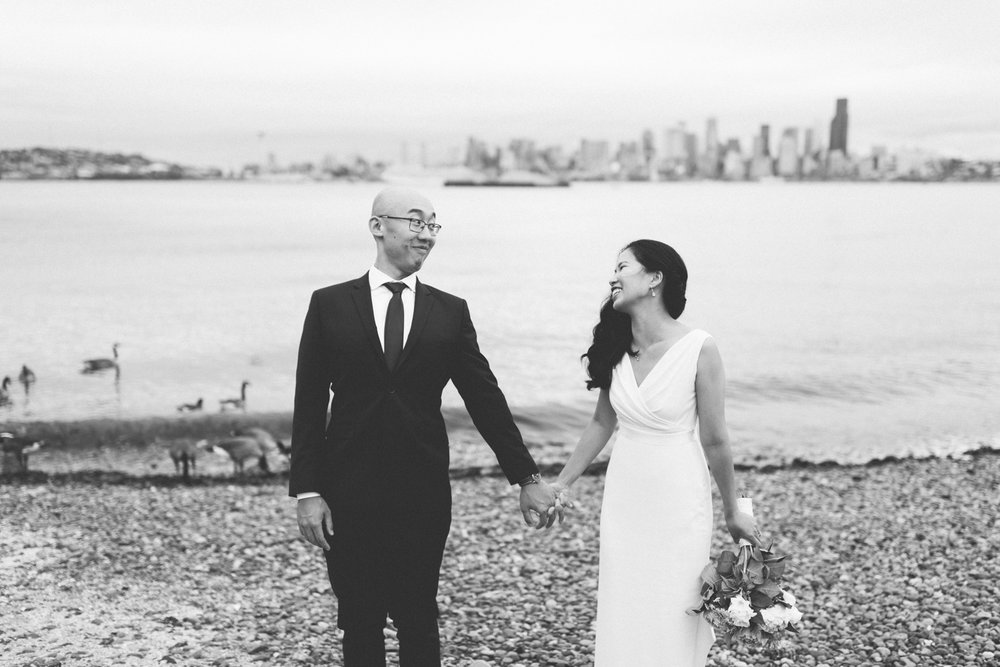 alki_seattle_waterfront_wedding-26.jpg
