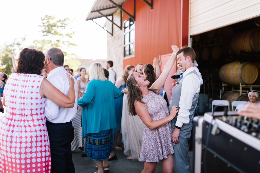 seattle_wedding_photographer_idaho_winery-8683.jpg