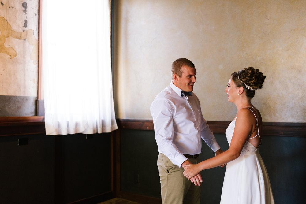 seattle_wedding_photographer_roslyn_outdoor_wedding-0297.jpg